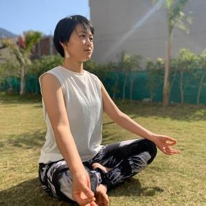ヨガと瞑想go slow