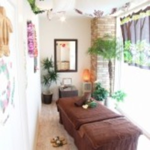 Hair & Spa aina (Ina) massage