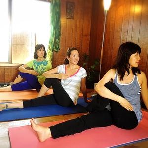 Yoga House Prana -少人数ヨガ プラーナ-