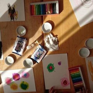 art therapy & art class Cosmic art Mira