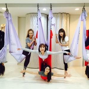Atelier LOTUS ・アトリエ ロータス 空中ヨガ WEB予約