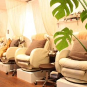Nail salon Nagisa 新宿店 (ネイルサロン ナギサ)