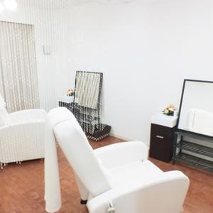 Total beauty salon Hibou (イブ)