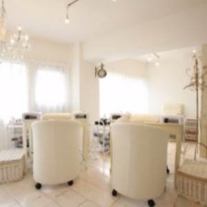 Nail salon iS (nail salon size) Ebisu * Operating weekdays until 22 pm